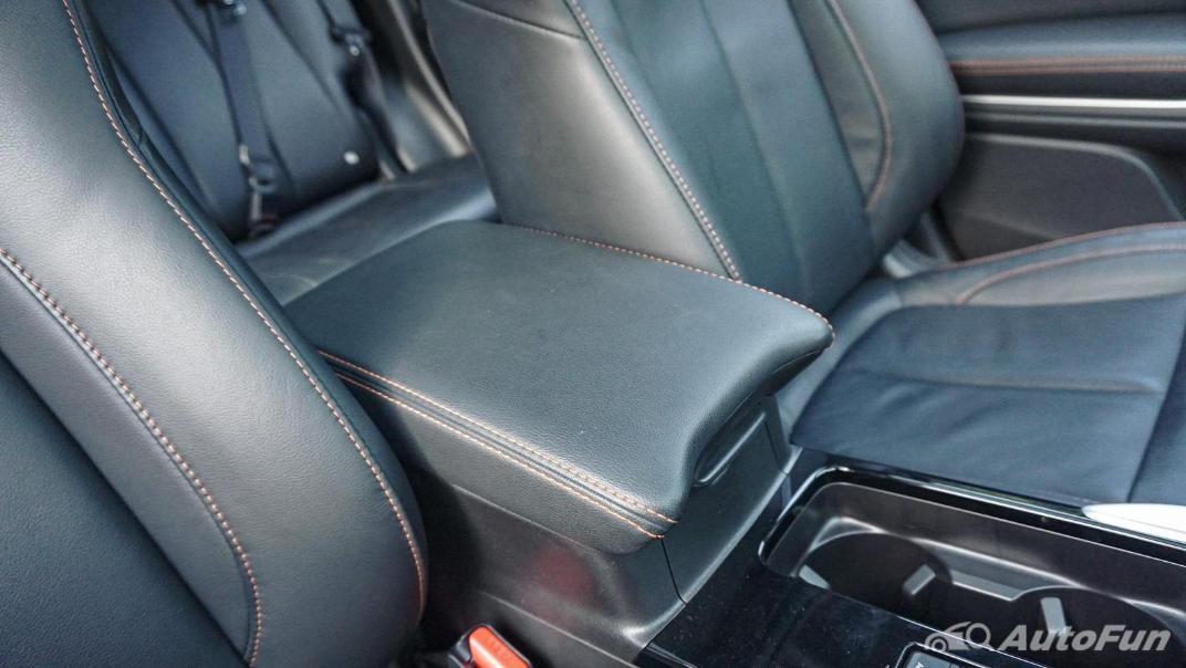 Mitsubishi Eclipse Cross 1.5L Interior 061