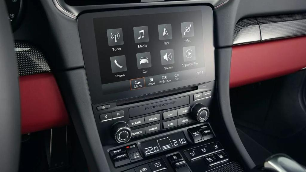 Porsche 911 2019 Interior 021