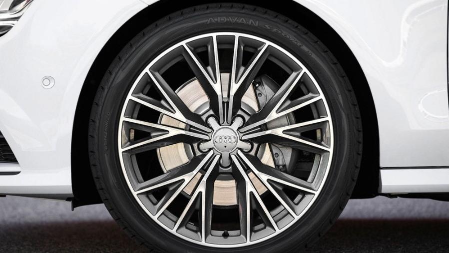 Audi A7 2019 Exterior 012