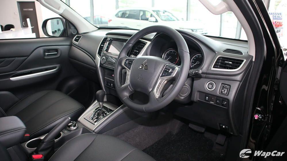 Mitsubishi Triton 2019 Interior 002