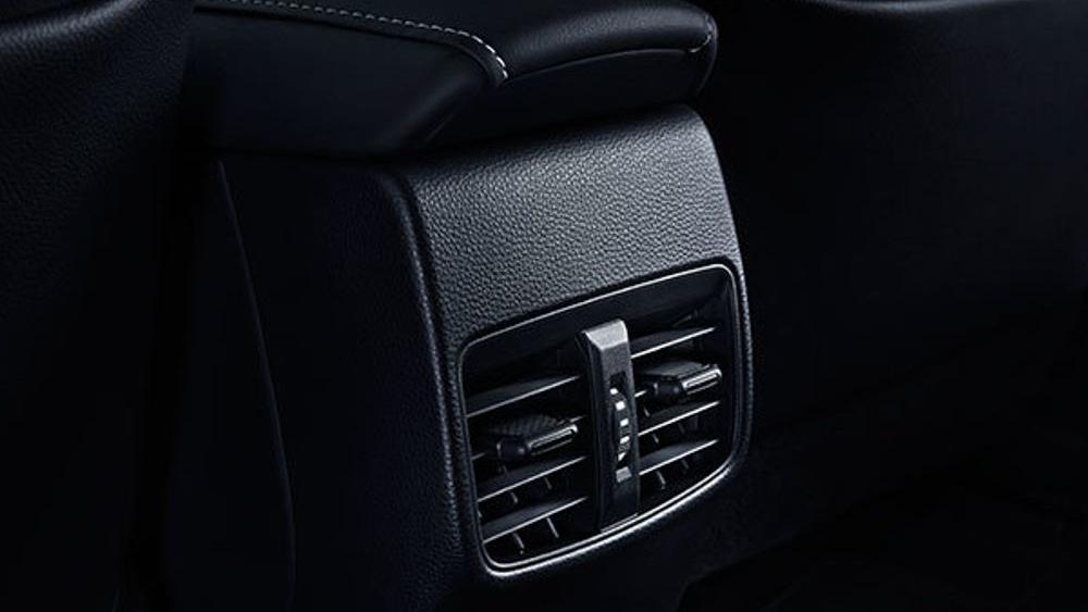 Toyota Corolla Altis 2019 Interior 045