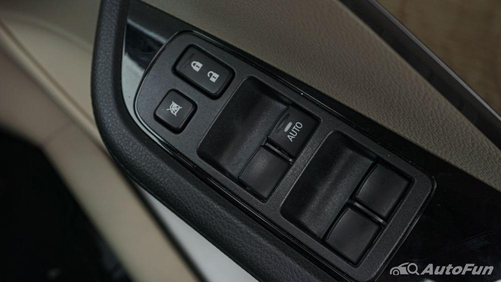 Mitsubishi Xpander Ultimate A/T Interior 028