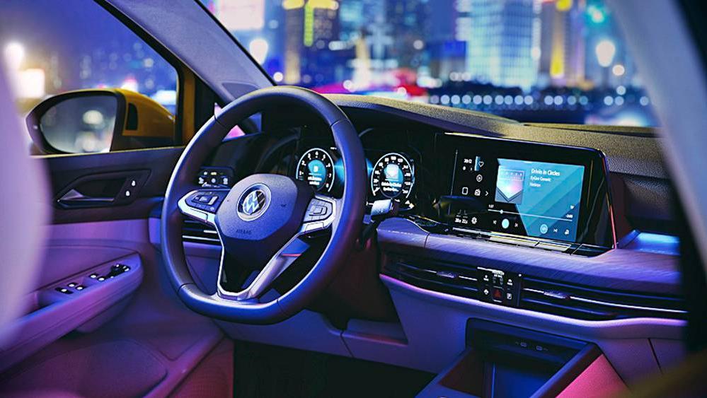 Volkswagen Golf 2019 Interior 079