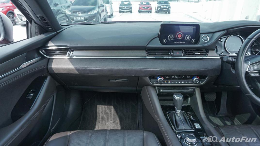 Mazda 6 Elite Estate Interior 020