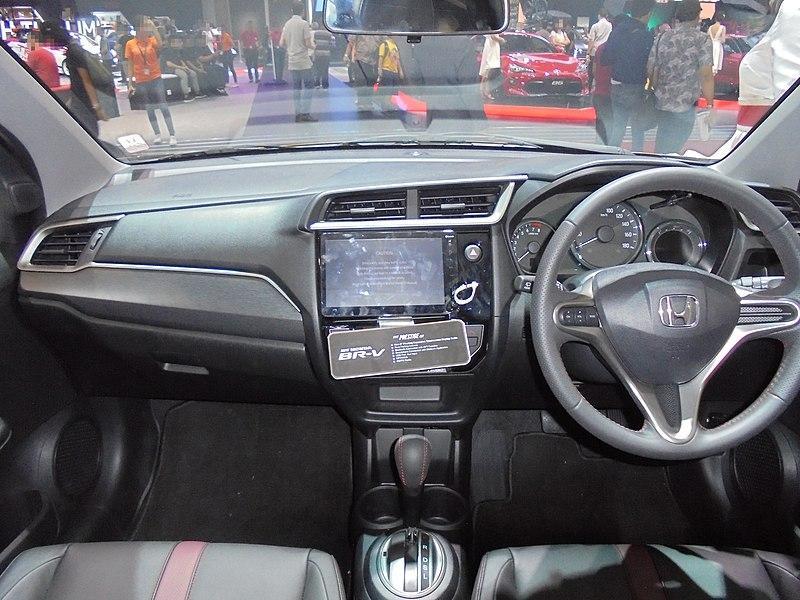 Jarang Dilirik, Ini Keistimewaan Honda BR-V yang Wajib Kalian Ketahui 02