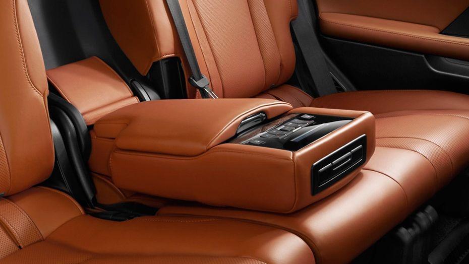 Lexus LX 2019 Interior 005