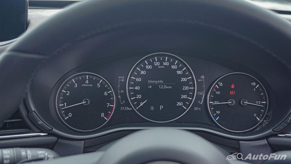 Mazda CX 30 GT Interior 014