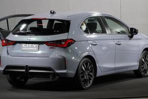 Makin Sengit, Mampukah Honda City Hatchback 2021 Lanjutkan Dominasi Jazz atas Toyota Yaris?