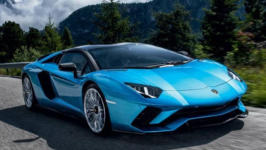 Lamborghini Aventador 2019 Exterior 032