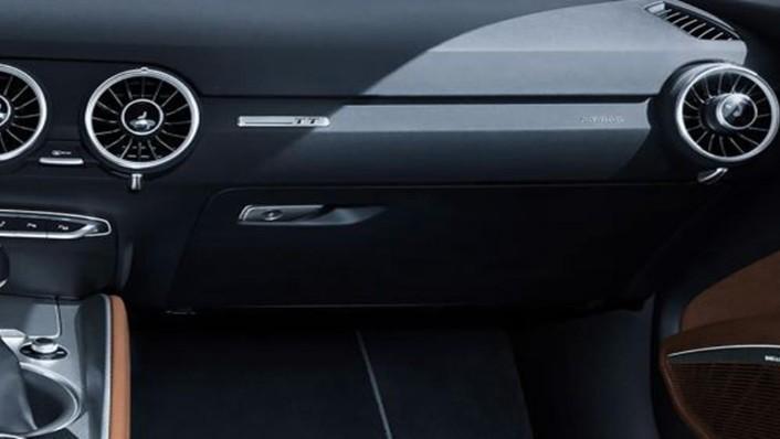 Audi TT Coupe 2019 Interior 005