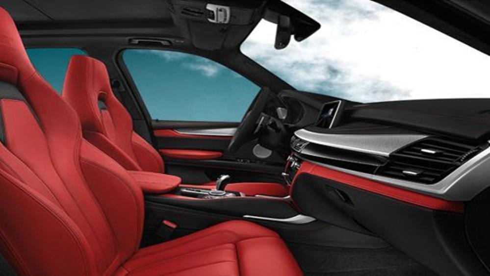 BMW X5 M 2019 Interior 009