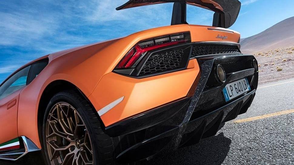 Lamborghini Huracan 2019 Exterior 049