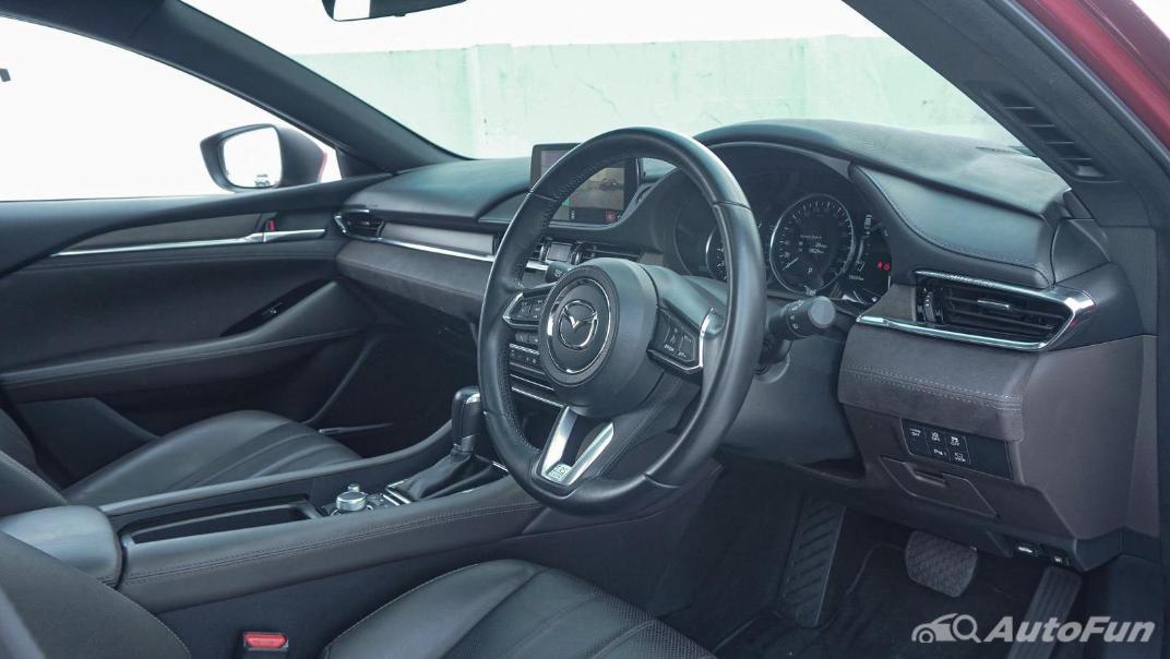 Mazda 6 Elite Estate Interior 003