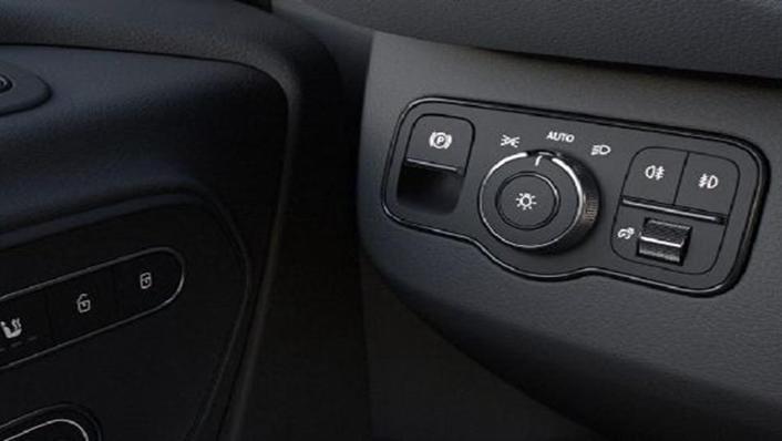 Mercedes-Benz Sprinter 2019 Interior 004