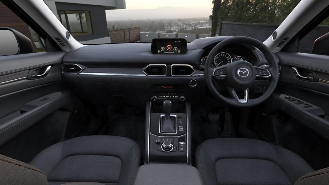 Mazda CX 9 2019 Interior 002