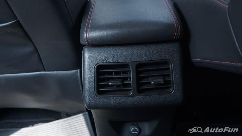 DFSK Glory 560 1.5L Turbo CVT L-Type Interior 026