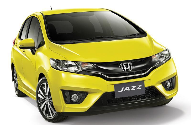 Harga Beda Rp50 Jutaan, Pilih Honda Jazz 2021 Tipe Terendah Atau Honda Brio Urbanite? 02