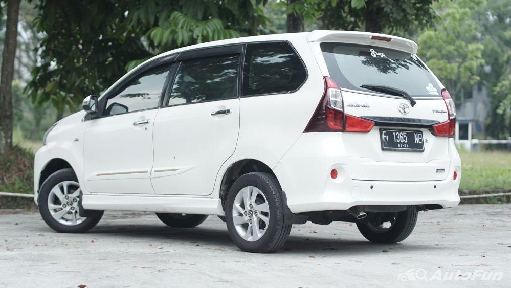 Toyota Avanza Veloz 1.3 MT Exterior 011