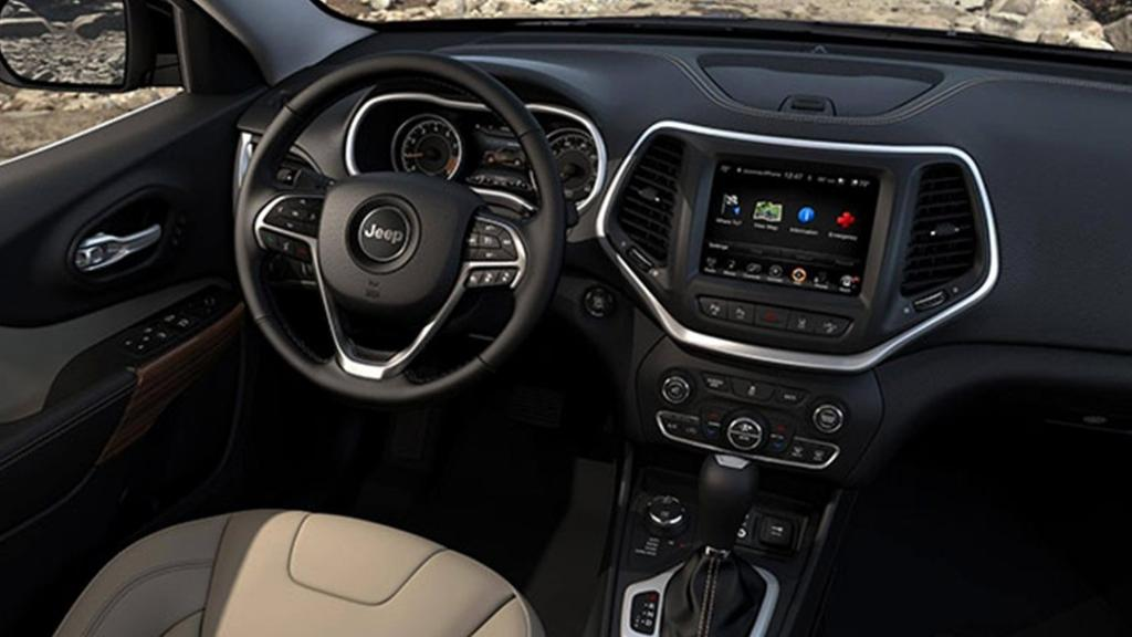 Jeep Cherokee 2019 Interior 002