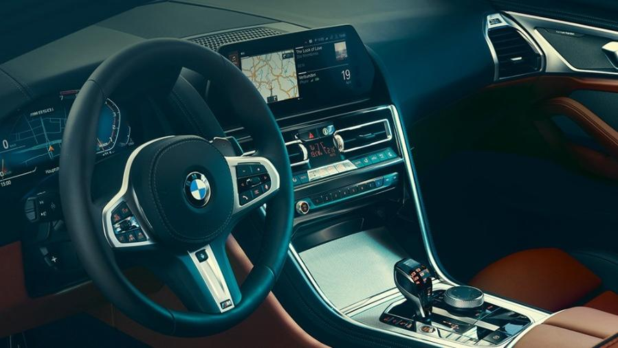BMW 8 Series Coupe 2019 Interior 003