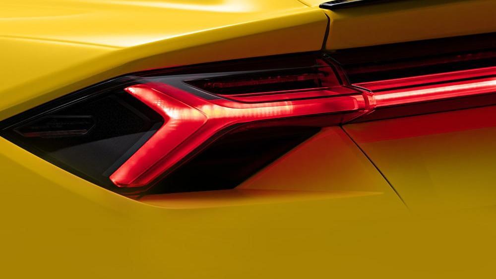 Lamborghini Urus 2019 Exterior 013