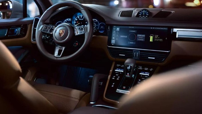 Porsche Cayenne 2019 Interior 003
