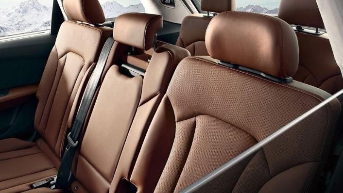 Audi Q7 2019 Interior 007