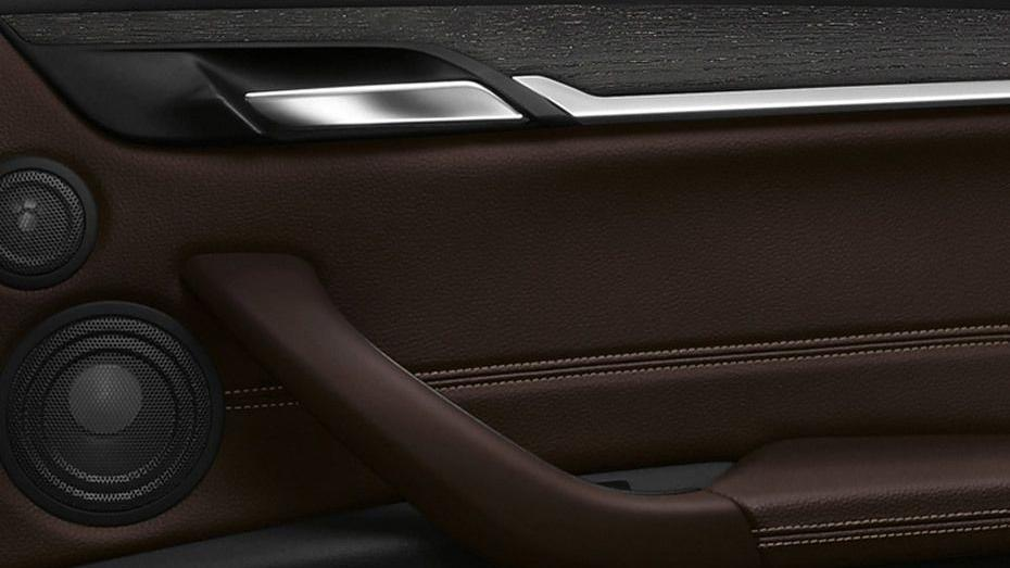 BMW X1 2019 Interior 011