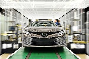 Kasus Covid-19 Hantam Suplai Komponen, Toyota Tutup 3 Pabrik di Thailand. Bagaimana Nasib Toyota Corolla Cross dan Camry?