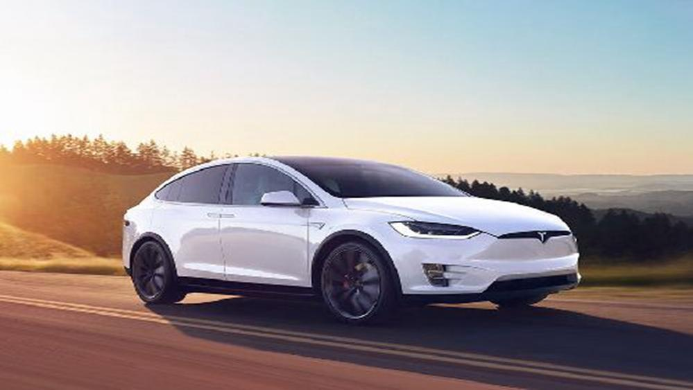 Tesla Model X 2019 Exterior 004