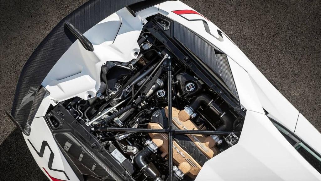 Lamborghini Aventador 2019 Exterior 018