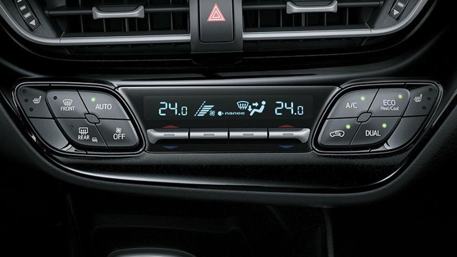 Toyota CHR 2019 Interior 003
