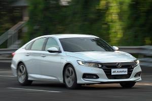 Rating: Honda Accord – Big Sedan Paling Pintar Dengan Banderol Paling Mahal. Layakkah?