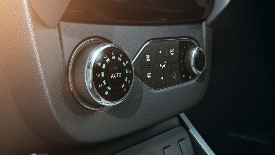 Renault Duster 2019 Interior 005