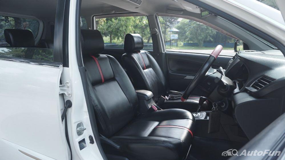Toyota Avanza Veloz 1.3 MT Interior 027