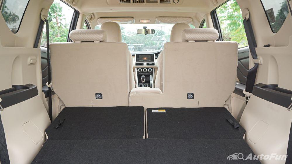 Mitsubishi Xpander Ultimate A/T Interior 039