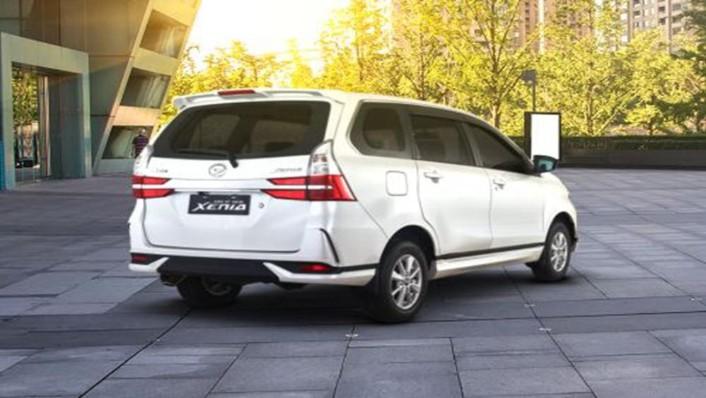 Daihatsu Grand Xenia 2019 Exterior 005
