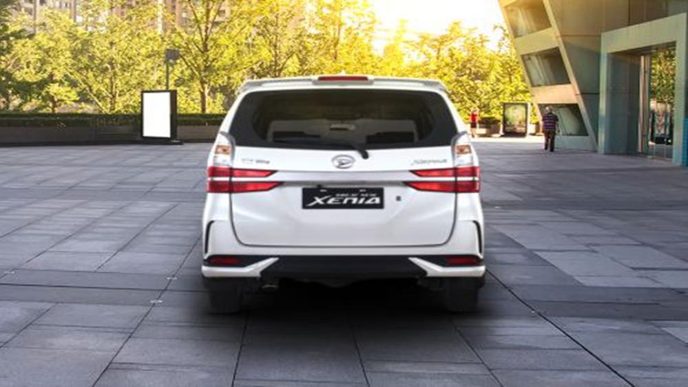 Daihatsu Grand Xenia 2019 Exterior 004