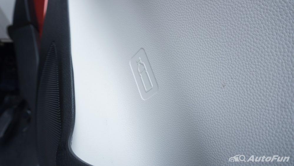 Suzuki Ignis GX AGS Interior 048