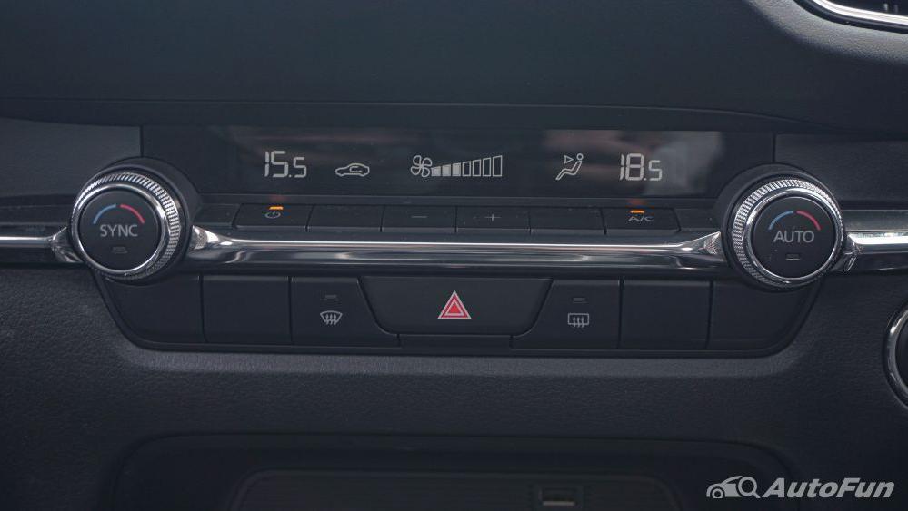 Mazda CX 30 GT Interior 019