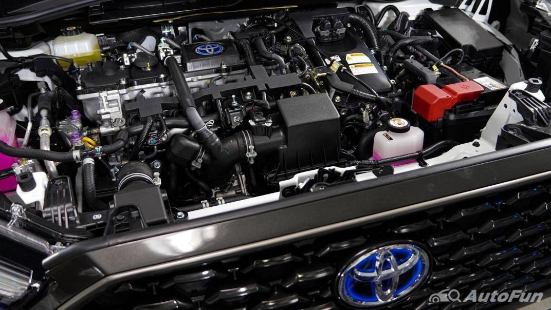 Toyota Corolla Cross Hybrid Others 001