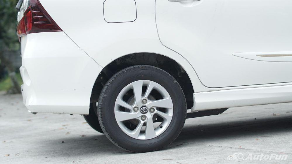 Toyota Avanza Veloz 1.3 MT Exterior 050