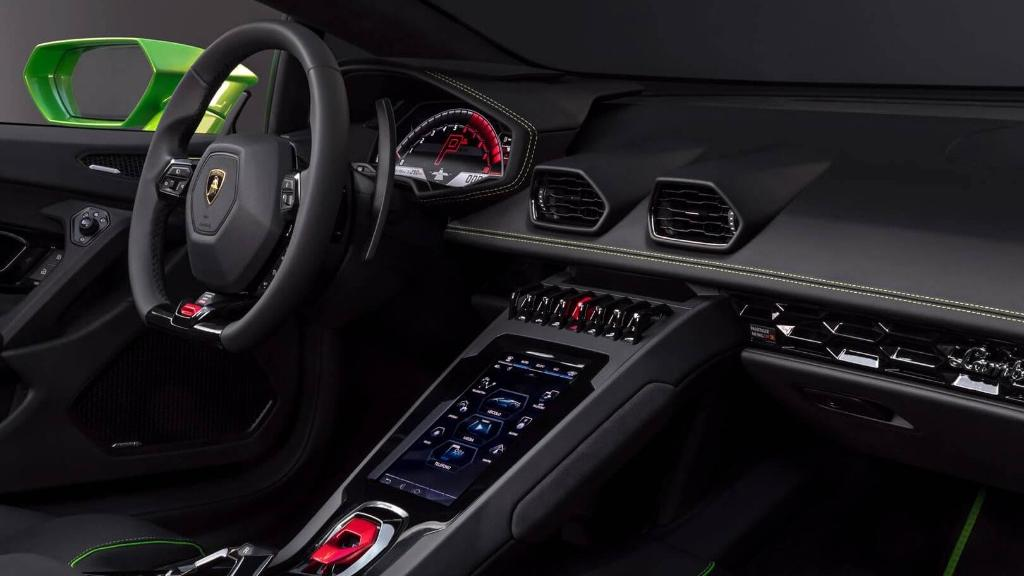 Lamborghini Huracan 2019 Interior 011