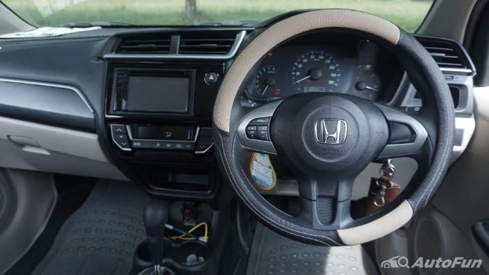 Honda Mobilio E CVT Interior 002