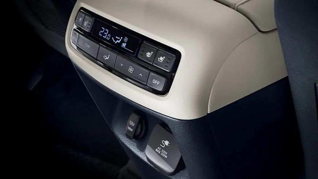 2021 Hyundai Palisade Interior 013