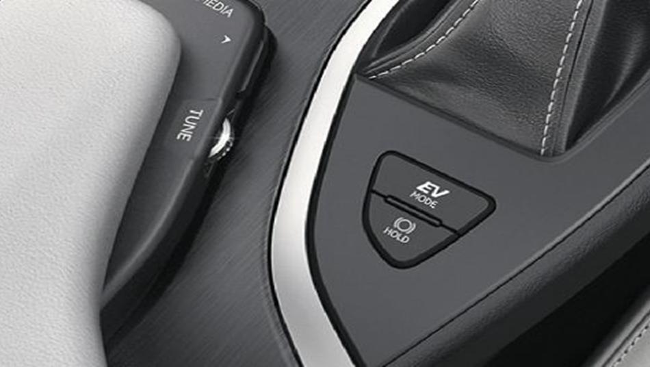 Lexus UX 2019 Interior 009