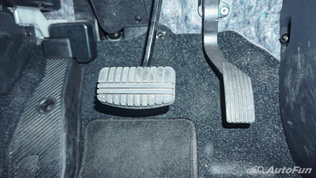Mitsubishi Eclipse Cross 1.5L Interior 024