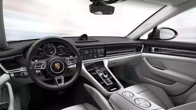Porsche Panamera 2019 Interior 001