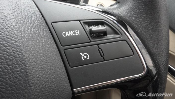 2020 Mitsubishi Xpander Ultimate A/T Interior 008