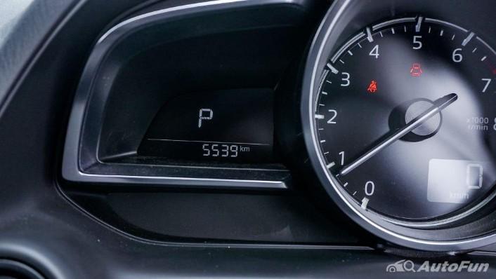 Mazda 2 GT AT Interior 008